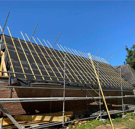 Construction de toiture en tuile à Arras