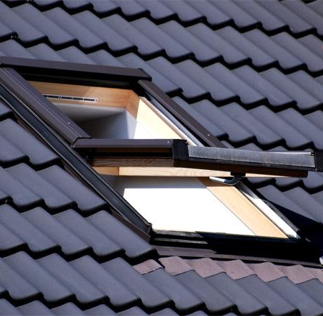 Travaux de mise en place de fenêtre de toit à Arras