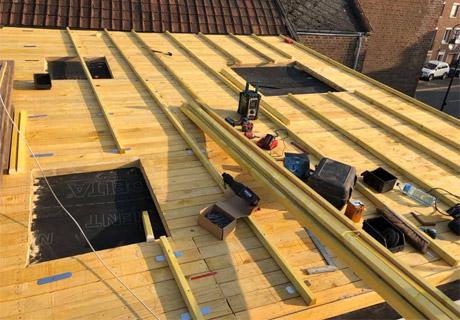 Réparation et dépannage pour toiture à Arras